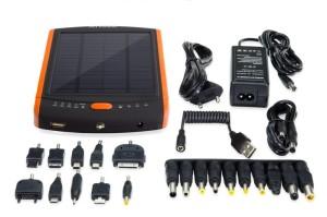 Комплектация зарядки на солнечных панелях